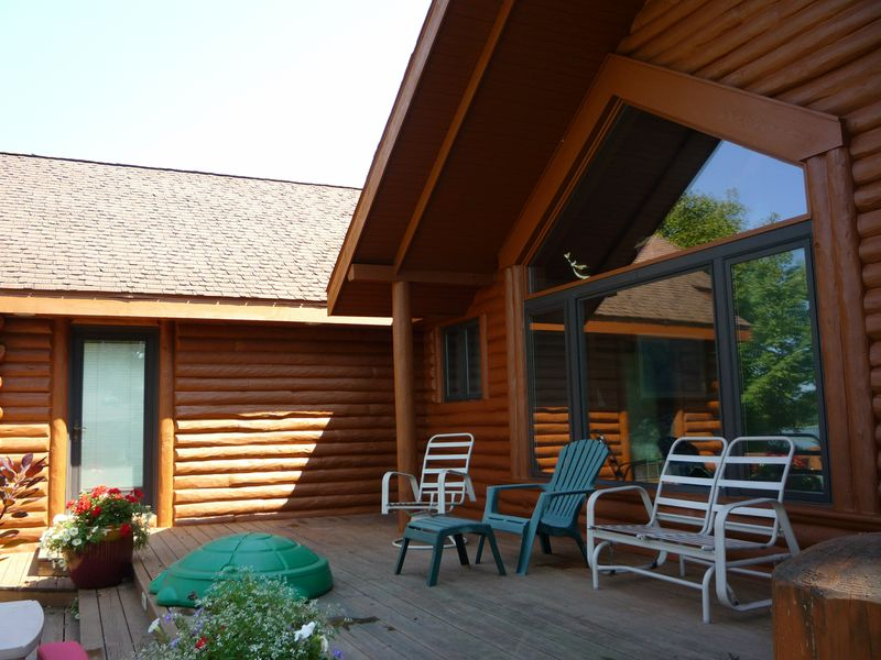 Interior Painting: 360 Log Home Care